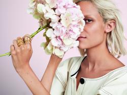 Zoom na naturę! Poznaj trendy w biżuterii na nadchodzący sezon!