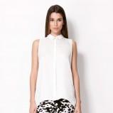 asymetryczna koszula Bershka w kolorze białym - jesienna moda