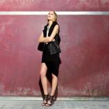 asymetryczna spódnica Bershka w kolorze czarnym - czerwiec 2013
