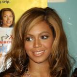 Beyonce - delikatne loki, 2004