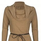 beżowa bluzka Top Secret z golfem - sezon jesienno-zimowy