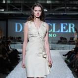 beżowa sukienka Deni Cler - wiosna/lato 2012