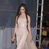 beżowa sukienka Gosia Baczyńska - moda 2011