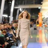 beżowa sukienka Simple - jesień/zima 2011/2012