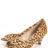beżowe pantofle Topshop w geparda - trendy wiosna-lato