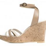 beżowe sandałki Ryłko na koturnie - kolekcja na lato