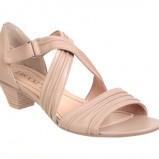 beżowe sandały CCC - wiosenna kolekcja