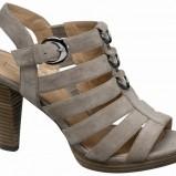 beżowe sandały Deichmann - wiosna/lato 2011