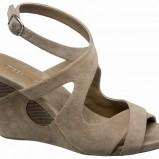 beżowe sandały Deichmann - z kolekcji wiosna-lato 2011