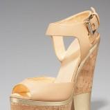 beżowe sandały Giuseppe Zanotti na koturnie - wiosna/lato 2012