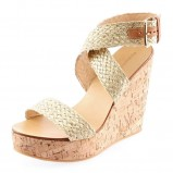 beżowe sandały Prima Moda z klamrą plecione - wiosna/lato 2012