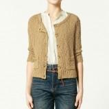 beżowy sweter ZARA rozpinany - trendy wiosna-lato