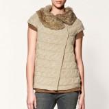 beżowy sweter ZARA z futerkiem - jesień/zima 2011/2012