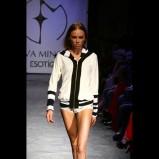 biała bluza Esotiq & Eva Minge rozpinana - kolekcja wiosenno/letnia