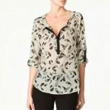 biała bluzka ZARA we wzorki - trendy zimowe