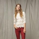 biała bluzka ZARA z koronką - trendy na jesień-zimę
