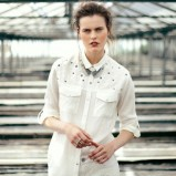 biała koszula Bershka - sierpień 2012