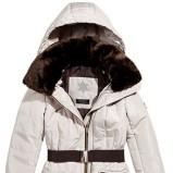 biała kurtka z paskiem Reserved - moda jesienno - zimowa 2012/2013