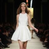 biała spódnica La Mania rozkloszowana - wiosna/lato 2012