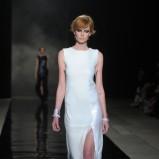 biała sukienka Bohoboco z rozcięciem na nodze - jesień-zima 2012/2013