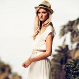 biała sukienka H&M  - trendy wiosna/lato 2013