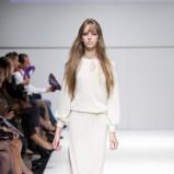 biała sukienka Natalia Jaroszewska - moda wiosna/lato