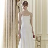 biała suknia ślubna Jenny Packham  na ramiączkach z trenem