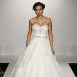 biała suknia ślubna Maggie Sottero