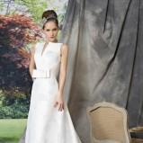 biała suknia ślubna Manu Garcia z trenem - moda 2012