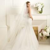 biała suknia ślubna rybka Pronovias