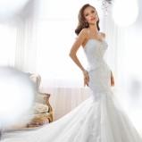 biała suknia ślubna Sophia Tolli z dekoltem w kształcie serca
