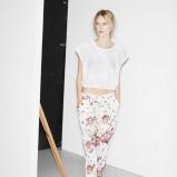 białe cygaretki Zara TRF w kwiaty - wiosenny lookbook