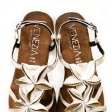 białe sandały Venezia - wiosna-lato 2011