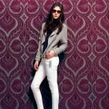 białe spodnie Bershka rurki - kolekcja jesienno-zimowa