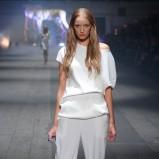 białe spodnie Zień - wiosna-lato 2012