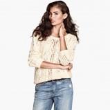 biały sweter H&M - jesień 2013