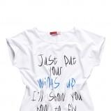 biały t-shirt Moodo z napisami - wiosna/lato 2012