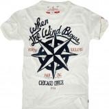 biały t-shirt Pull and Bear z nadrukiem - trendy wiosna-lato
