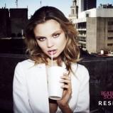 biały żakiet Reserved - wiosna/lato 2011