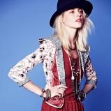 bluzeczka Free People z falbanką w kolorze bordowym - moda 2013