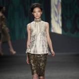 bluzka Vera Wang błyszcząca - wiosna 2013