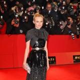 błyszcząca sukienka wieczorowa w kolorze czarnym - Diane Kruger