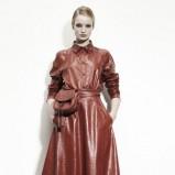 bordowa sukienka Bottega Veneta skórzana - trendy na jesień 2013