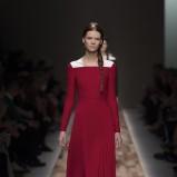 bordowa suknia Valentino plisowana - jesień/zima 2013/14