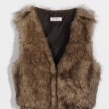 brązowa kamizelka Orsay - trendy na jesień-zimę