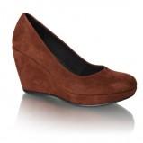 brązowe pantofle Vagabond na koturnie - jesień 2011