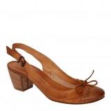 brązowe pantofle Venezia - trendy wiosna-lato