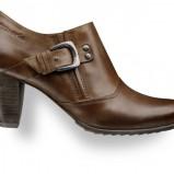 brązowe półbuty Tamaris - moda 2011/2012