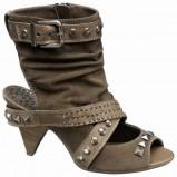 brązowe sandały Deichmann z ćwiekami - z kolekcji wiosna-lato 2011