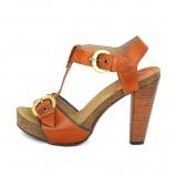 brązowe sandały Nessi - trendy wiosna-lato